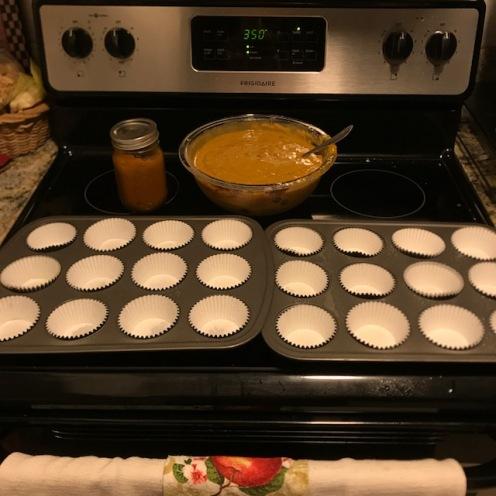 4 Muffin tins
